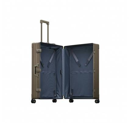 "Aleon 32"" Macro Plus Traveler Luggage"