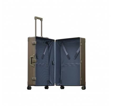 "Aleon 30"" Macro Traveler Luggage"
