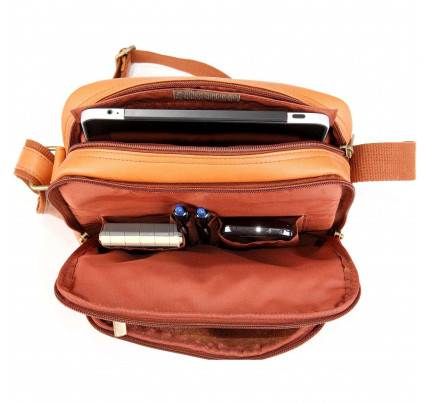 Ledonne Leather Multi Pocket iPad/E-Reader Day Bag